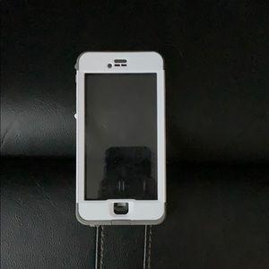 iPhone 6s Plus LifeProof NUUD case
